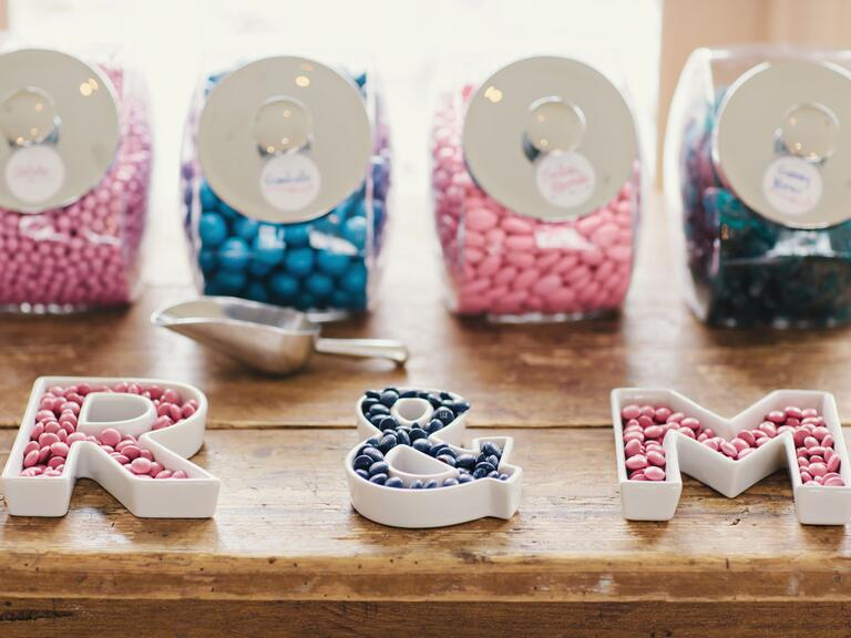 Candy bar wedding favor