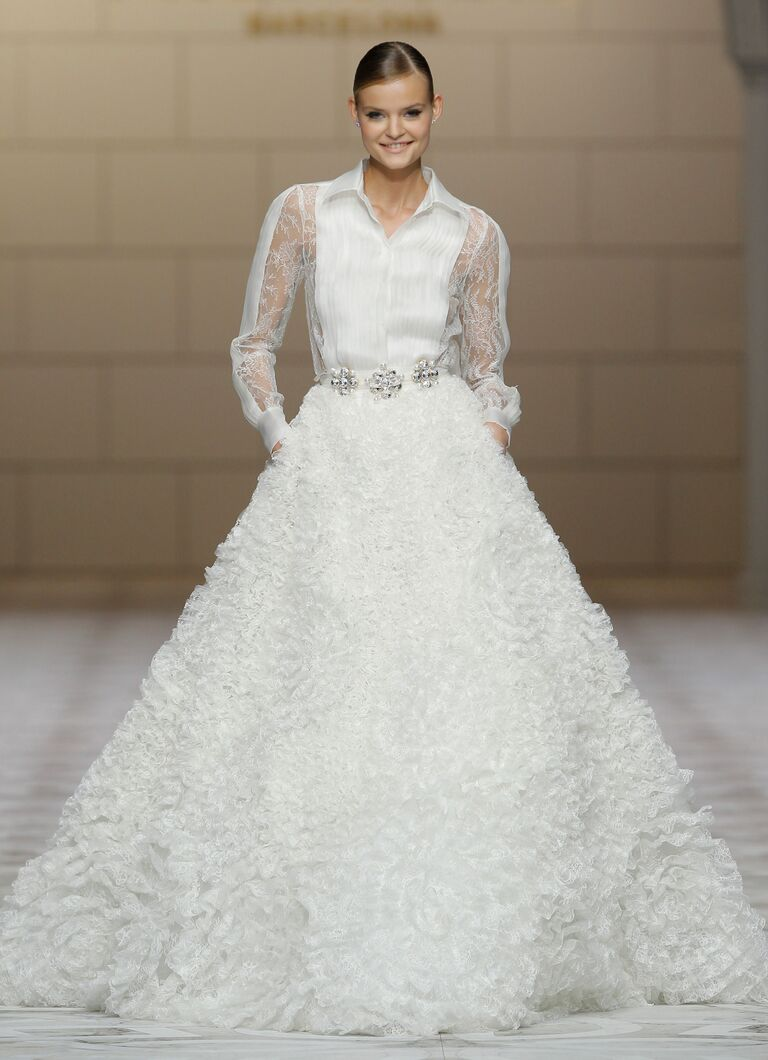 12 unique wedding dress ideas for Material for wedding dresses