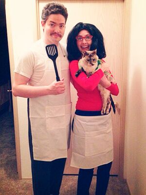 Linda and Bob from Bobu0027s Burgers  sc 1 st  The Nest & Halloween - Costumes for Couples - Creative Costumes
