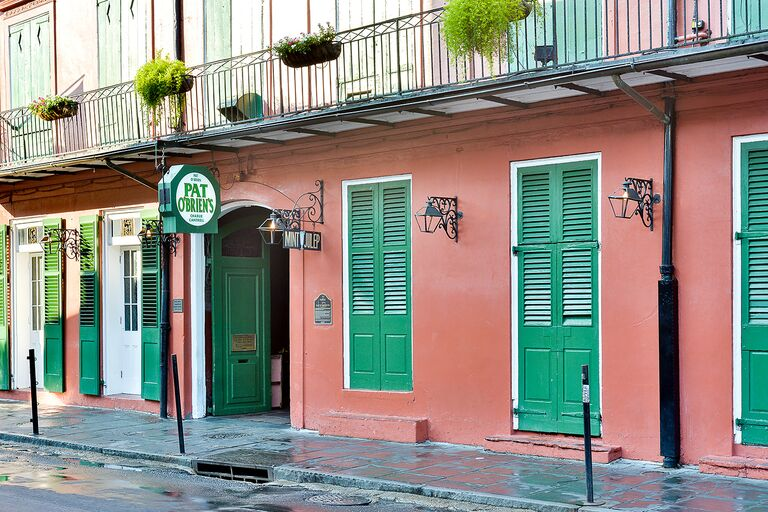 Pat O Brien S New Orleans Bachelor Party Bars