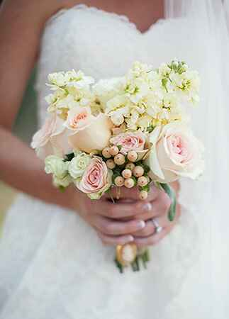 Photo: Lauren Liddell Photography // The Knot Blog