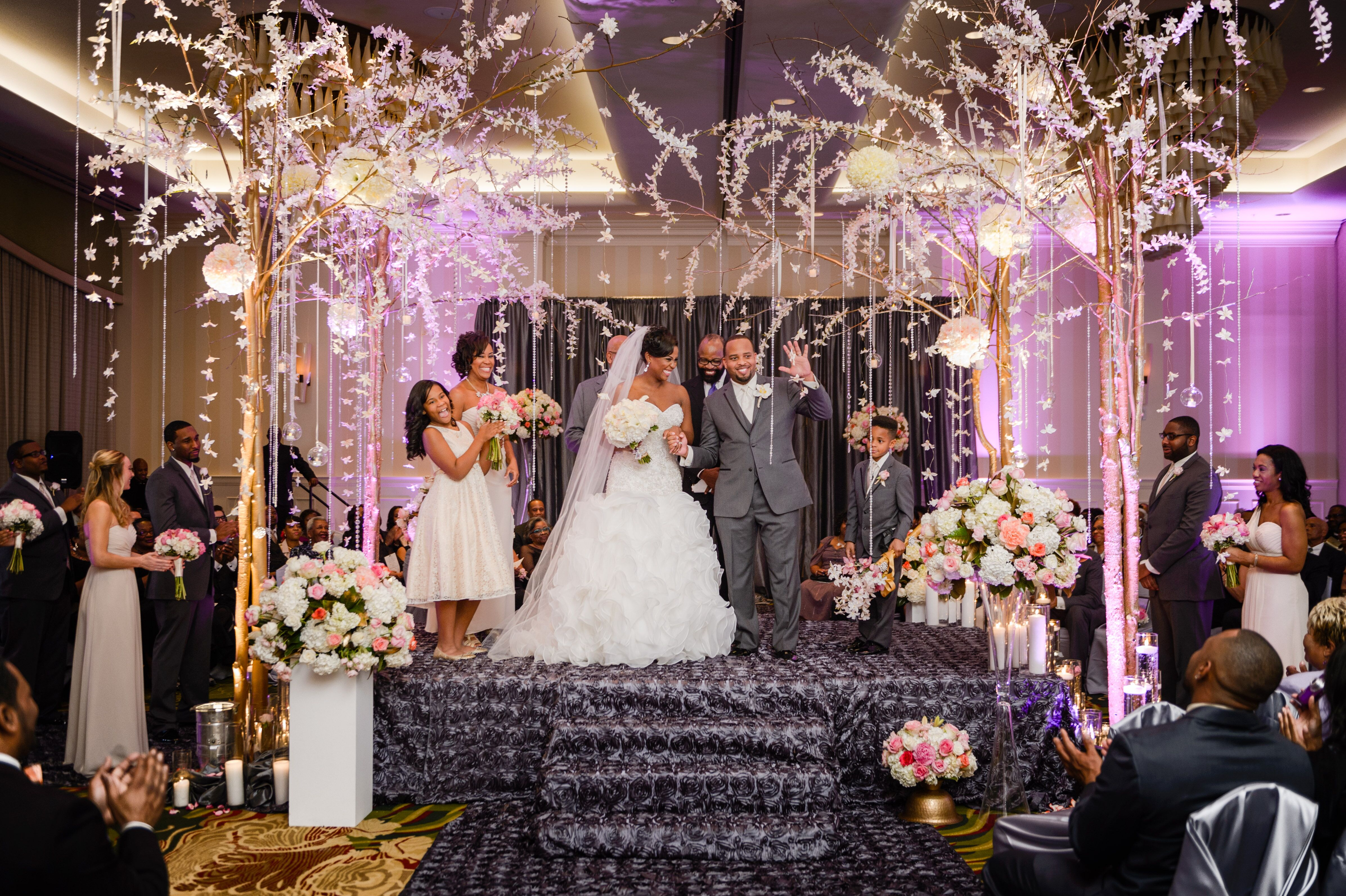 a glam new year�s eve wedding at renaissance raleigh north