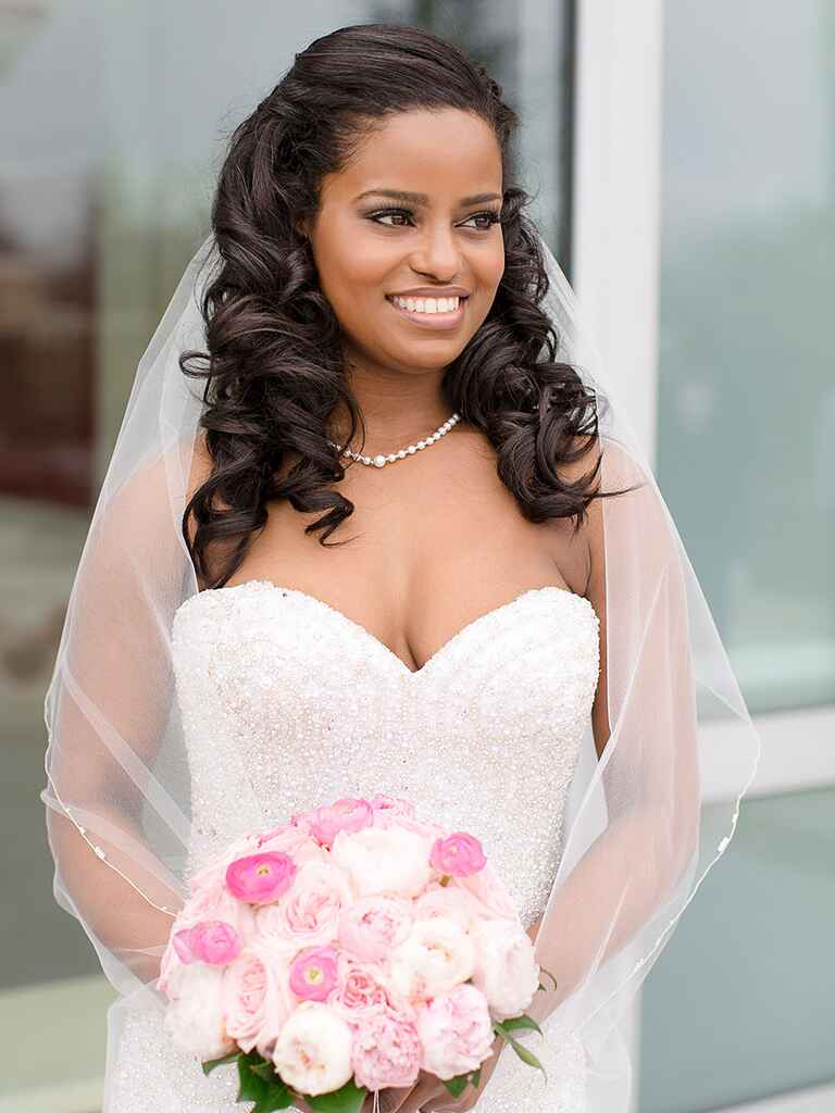 Medium Wedding Hairstyles: 16 Curly Wedding Hairstyles For Long And Short Hair