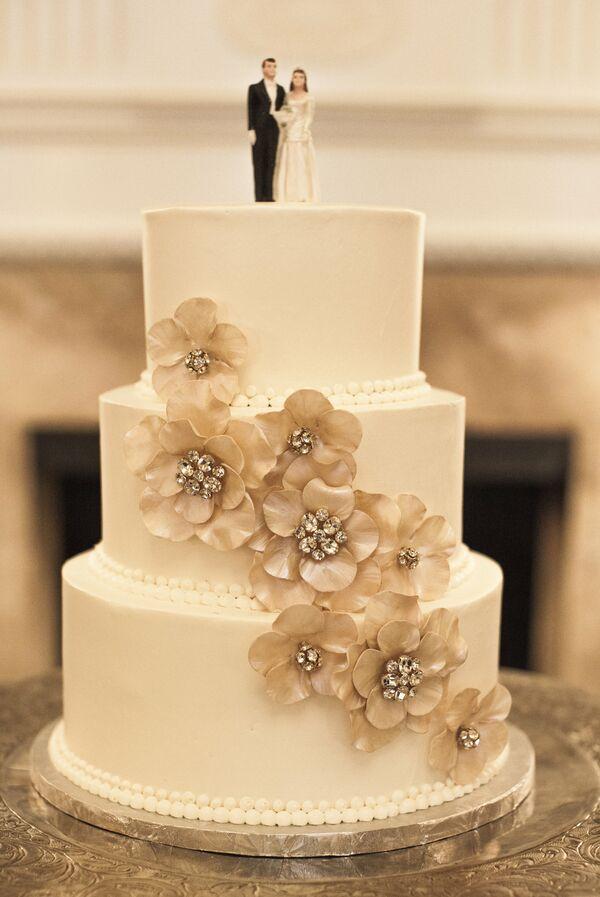 Champagne Wedding Cakes + Desserts