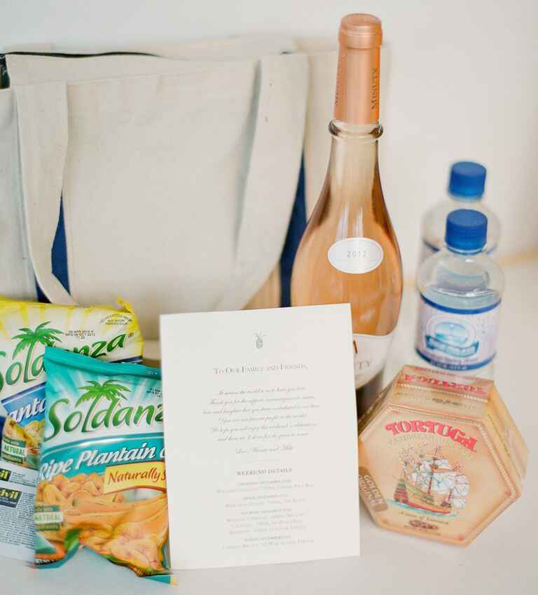 Gift Ideas For Destination Wedding: What Goes In The Welcome Bag