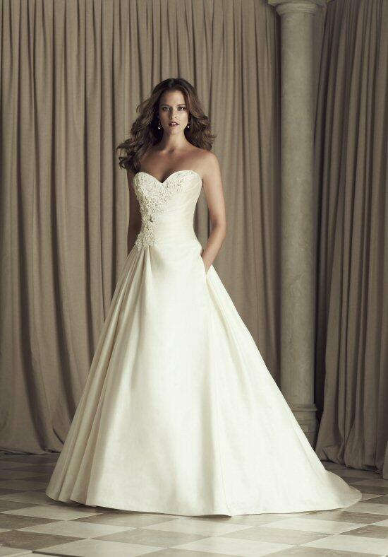 Paloma Blanca 4456 Wedding Dress photo