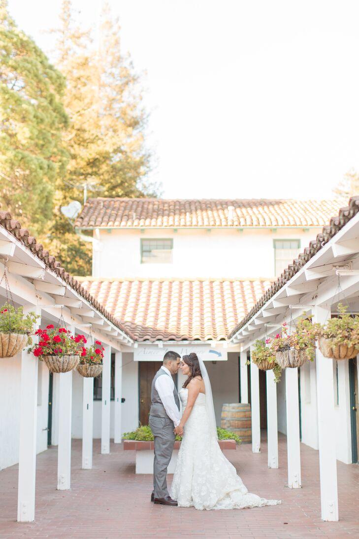 A Simple, Rustic Wedding at Jardines De San Juan in San Juan ...