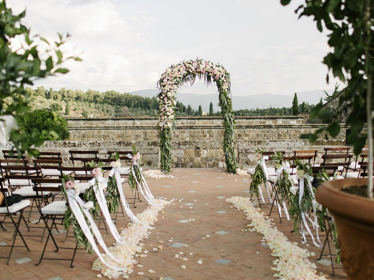 7 Things You'll Need For An Outdoor Wedding