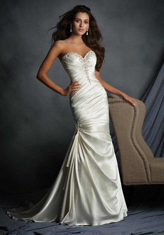 Alfred Angelo Signature 2520 Wedding Dress photo