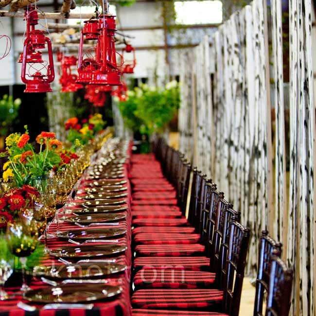Outdoor Wedding Reception Ideas: Plaid Reception Decor