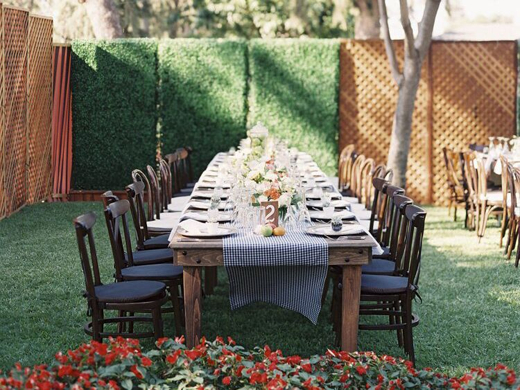 Intimate backyard reception
