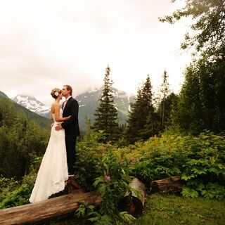 A Casual Rustic Wedding in Girdwood