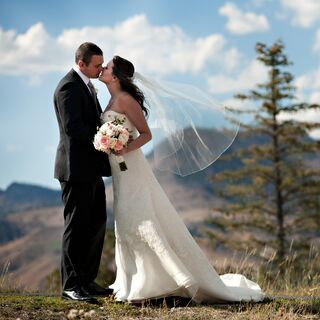 A Simple Outdoor Wedding in Sun Valley