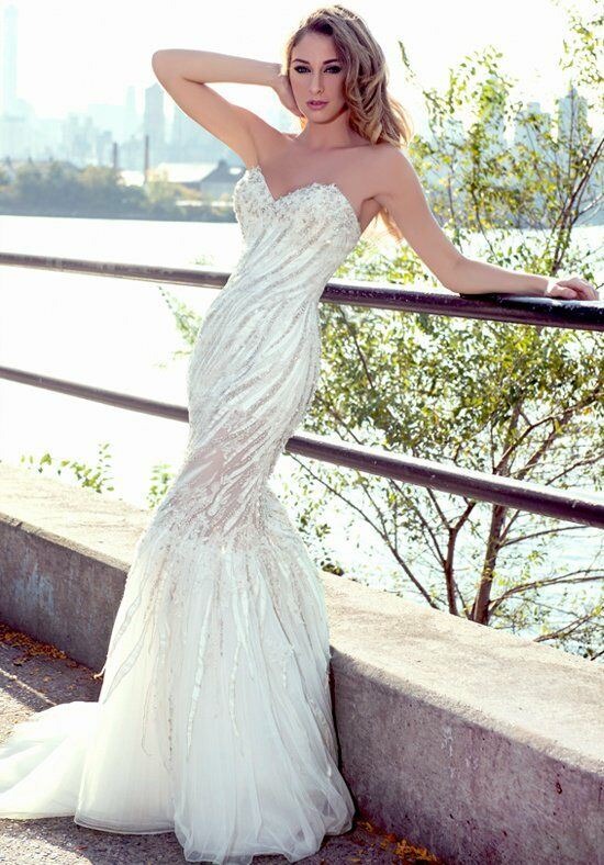 Stephen Yearick KSY89 Wedding Dress photo