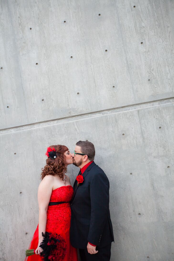 A Modern Red and Black Wedding at Tre Bella in Mesa, Arizona