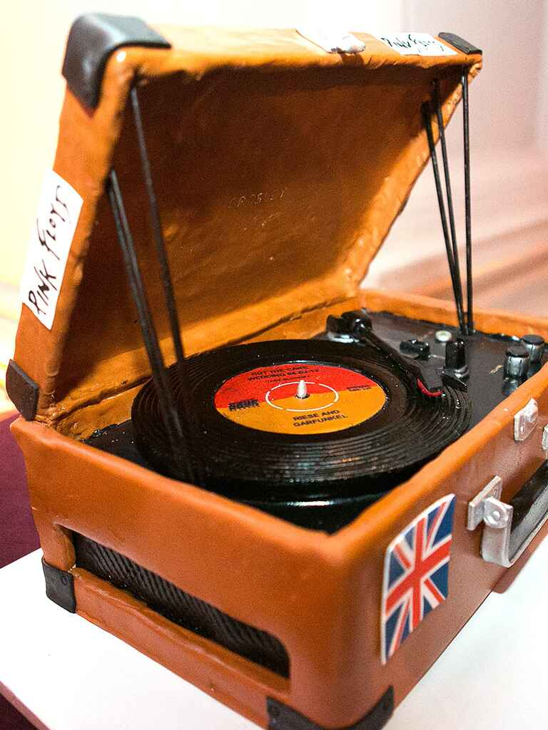 Record player groom's cake idea