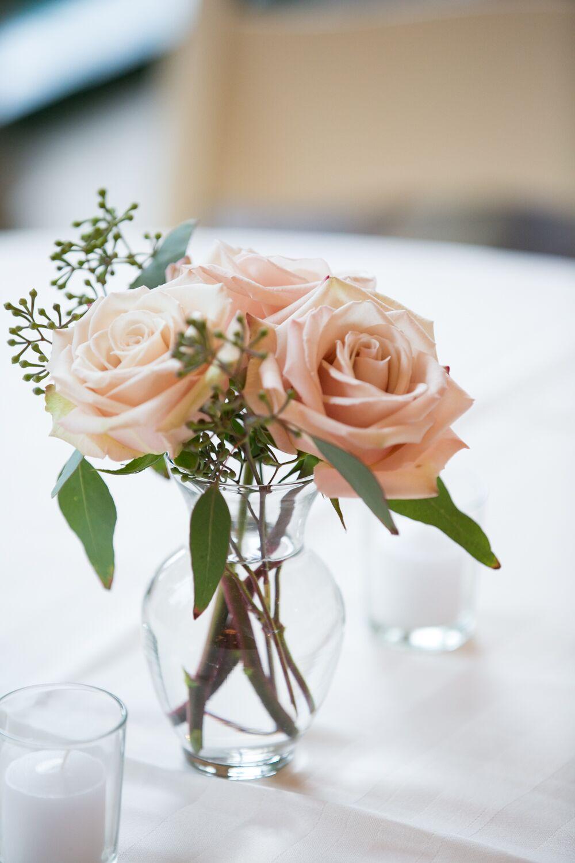 simple blush rose flower arrangement