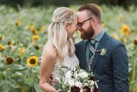Alison Wuillermin (28 and in product development at Anthropologie Home) and Dan Campbell (30 and lead singer of The Wonder Years) wanted to stray from