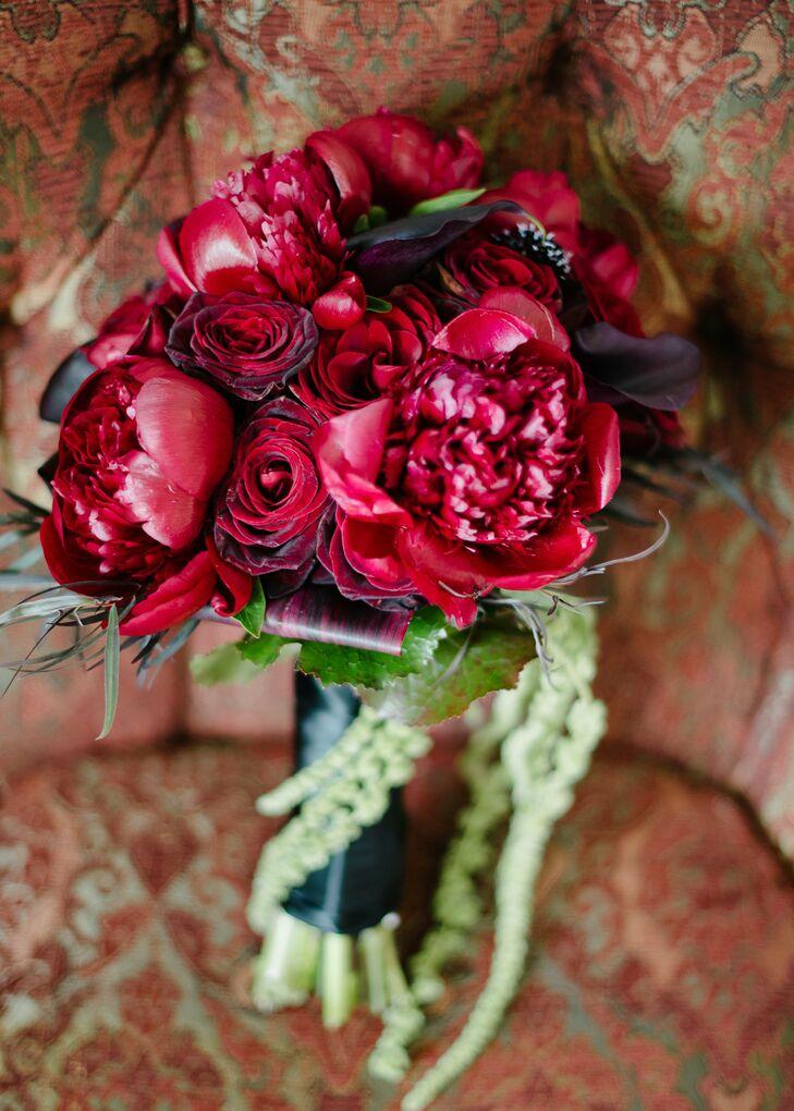 Dark red rose bouquets