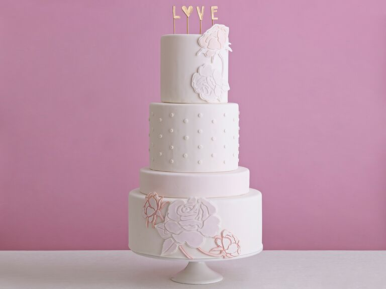 how much icing to cover a wedding cake wedding cake how much do wedding cakes cost 15484
