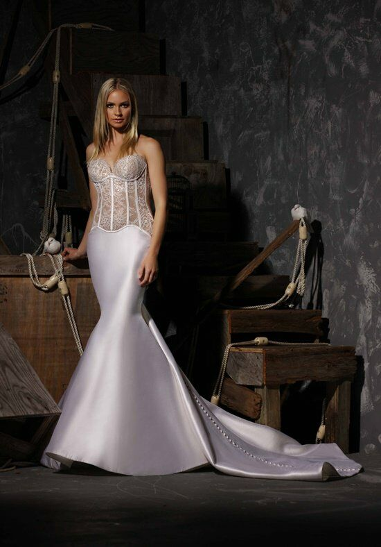 Victor Harper Couture VHC306 Wedding Dress photo