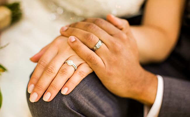"""Gift To Fiance Before Wedding: What To Do If Your Fiance Doesn't """"Get"""" Wedding Etiquette"""