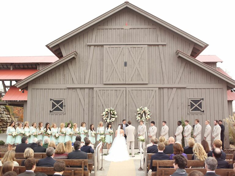 Everything you need to know about getting married in alabama russel lands on lake martin alabama wedding venue junglespirit Choice Image