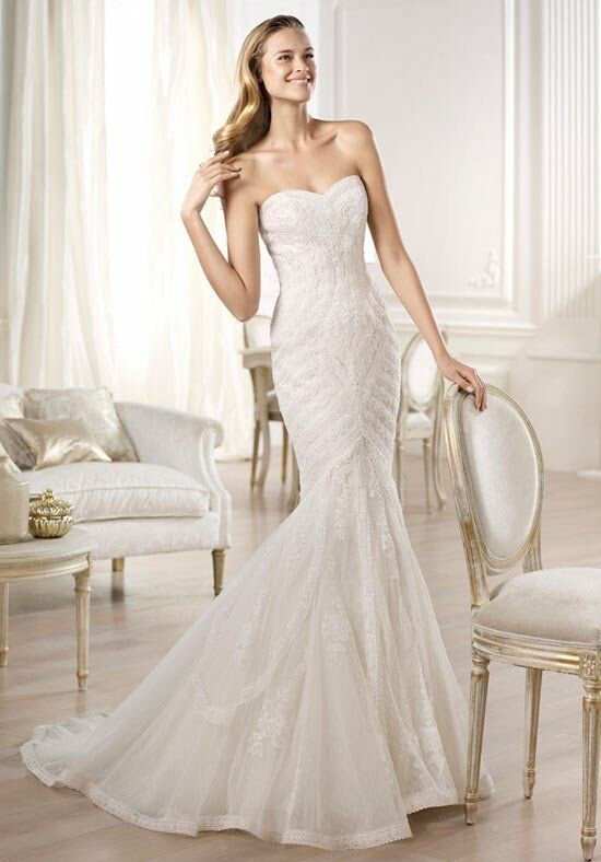 PRONOVIAS Ombera Wedding Dress photo