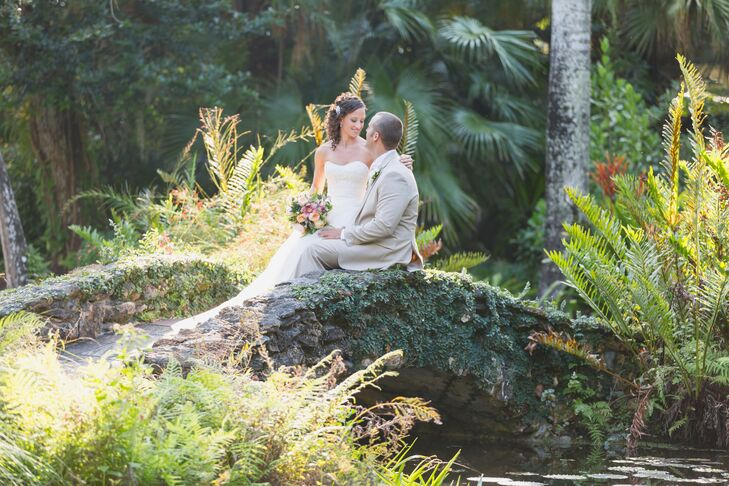 A Tropical Garden Wedding At Mckee Botanical Garden In