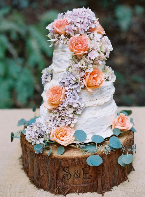 Hydrangea and Rose-Covered Rustic Wedding Cake