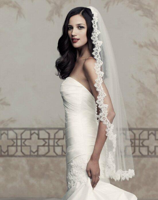 Paloma Blanca Veils Collection V431F Wedding Veils photo