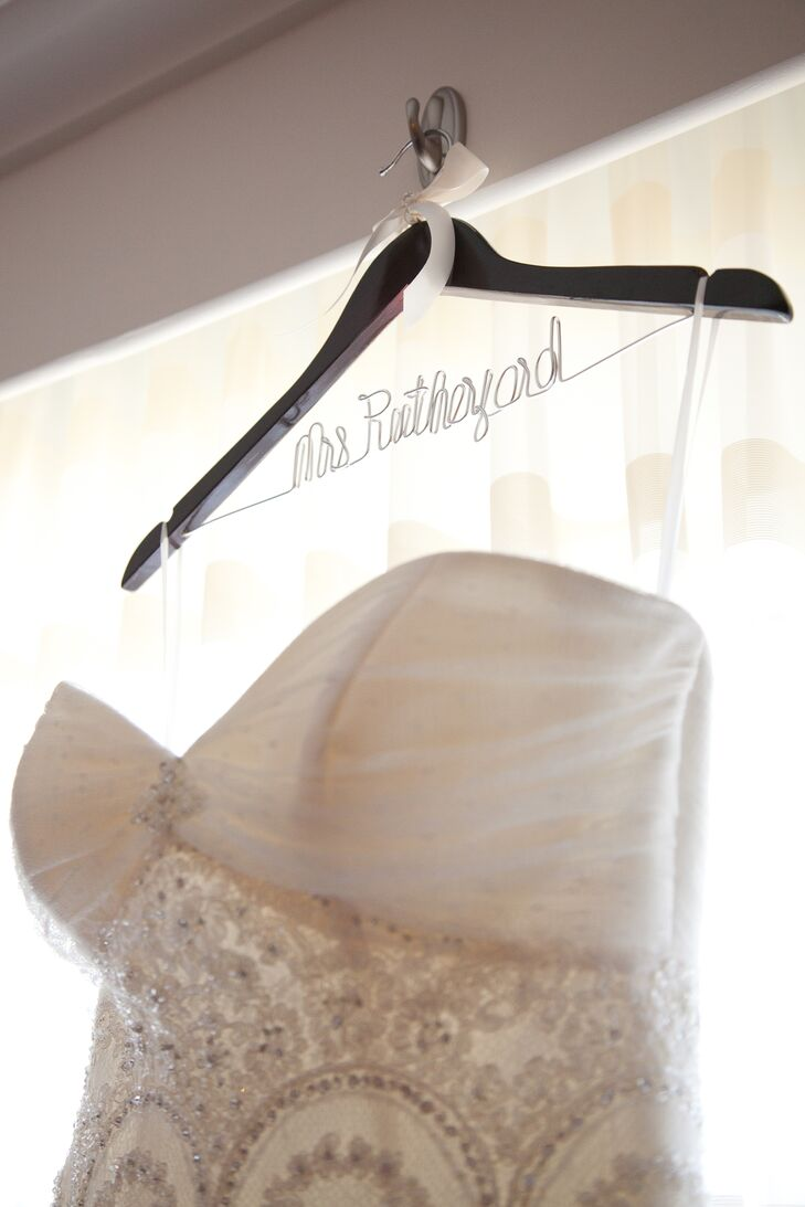 Personalized wedding dress hanger for Personalised wedding dress hanger