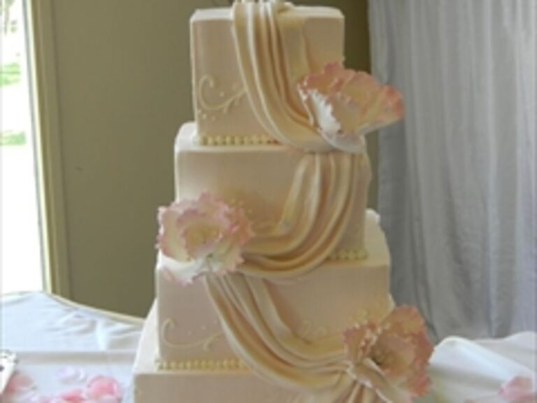 Wedding Cakes in Bellevue