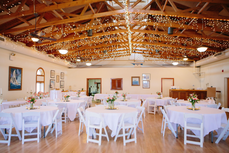 Relaxed Charleston Yacht Club Wedding