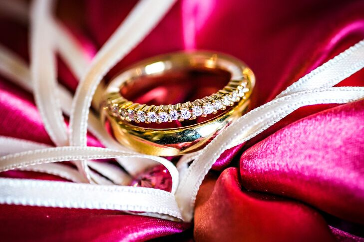 Gold Set of Traditional Wedding Rings