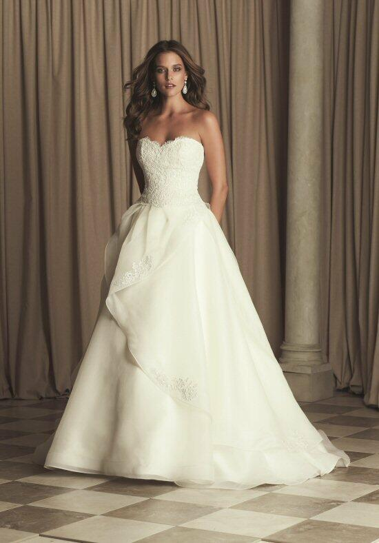 Paloma Blanca 4463 Wedding Dress photo