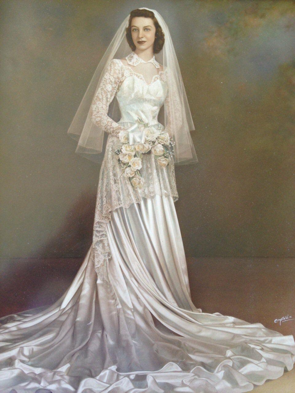 Vintage 1950s bridal portrait for 1950s wedding guest dresses