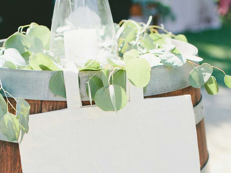 Gifts + Favors Ideas & Advice