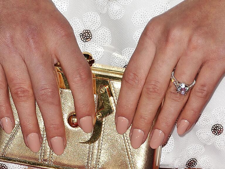 Hannah Davis's engagement ring