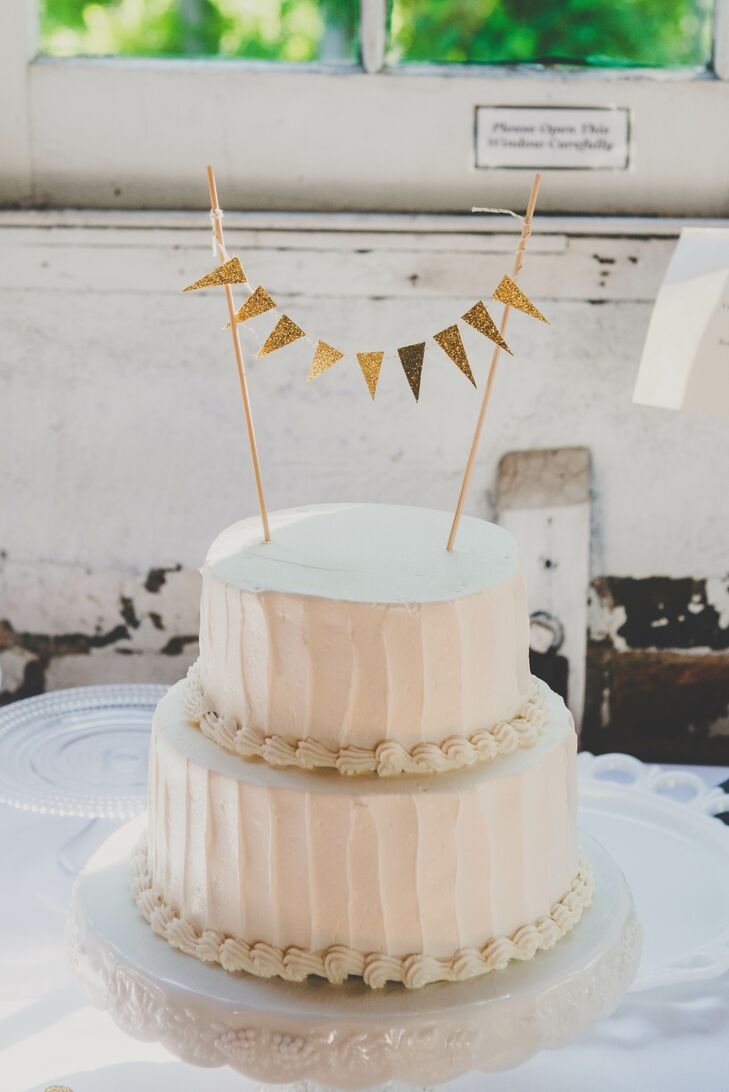 Simple White Wedding Cake With Topper