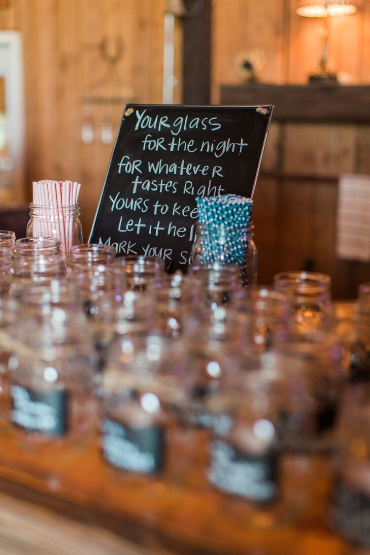Mason Jar Wedding Favors With Chalkboard Labels