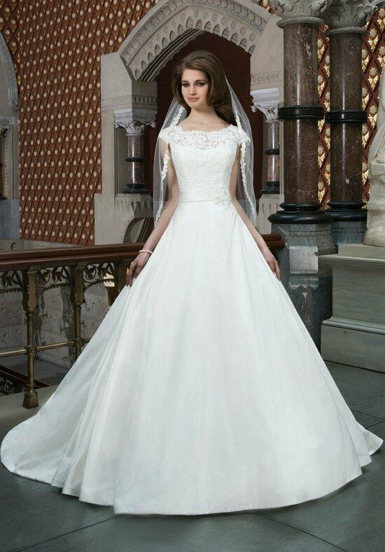 Justin Alexander 8721 Wedding Dress photo