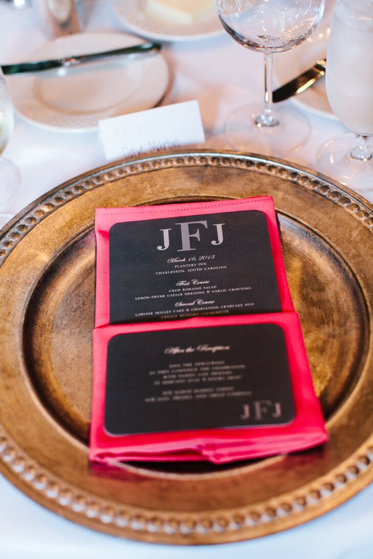 Bold pink linens with classic black napkins tucked inside were placed on antiqued copper chargers, creating an eye-catching contrast of modern and vintage style.