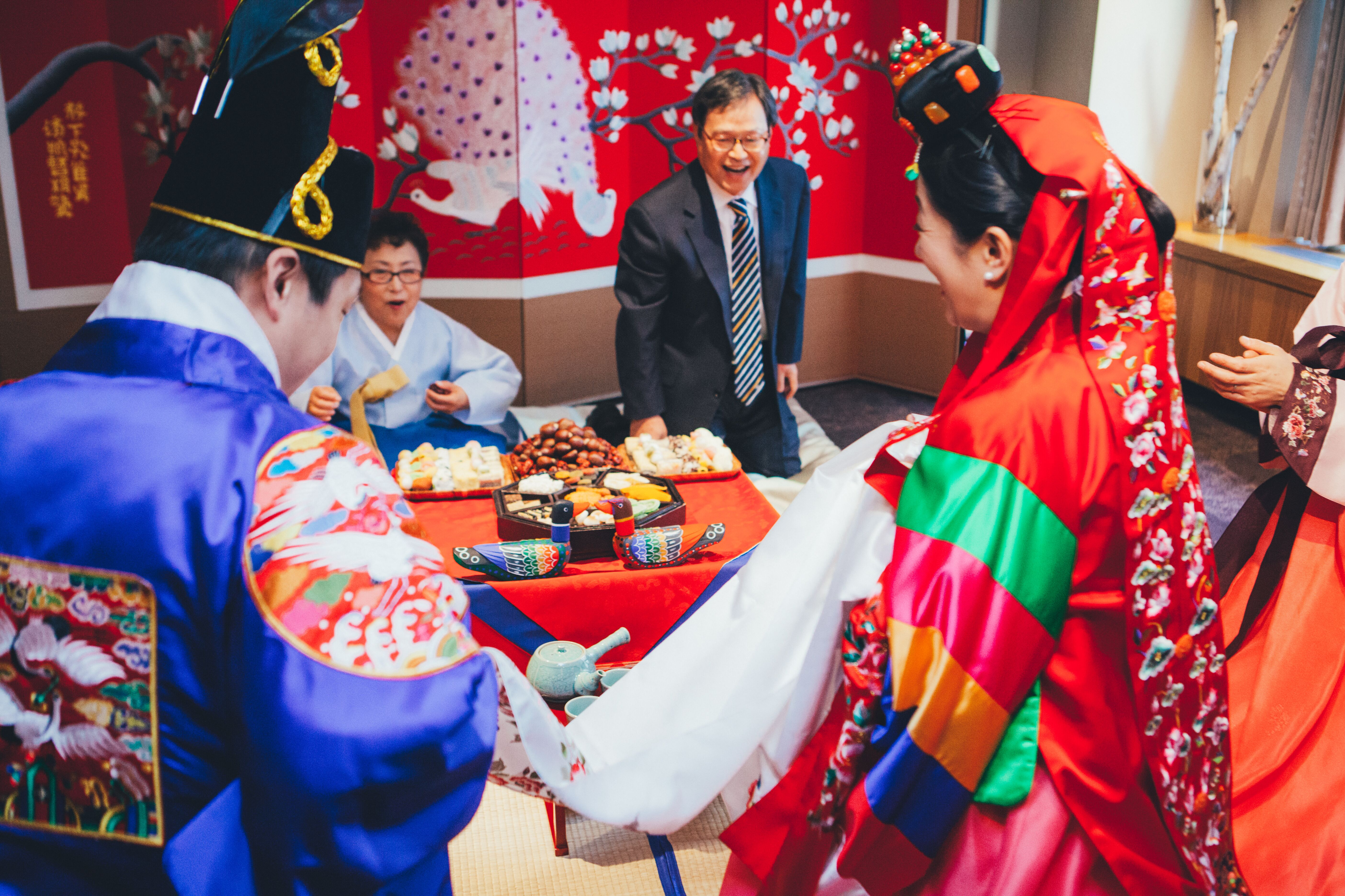 Traditional Korean Wedding Gifts: Traditional Korean Wedding Ceremony