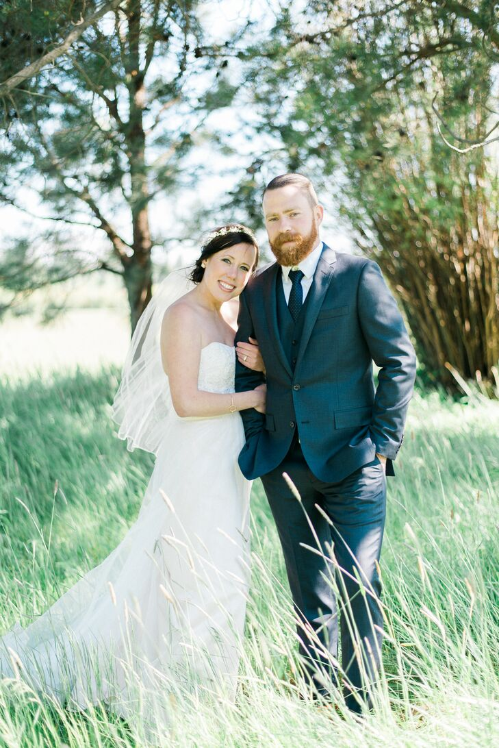 An Organic, Travel-Themed Wedding at Black Butte Ranch in Oregon