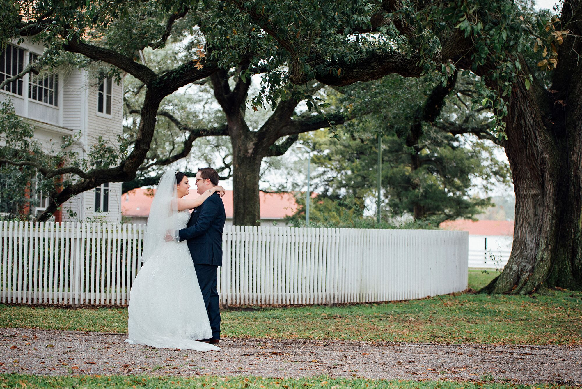 A Vintage-Style DIY Wedding At George Ranch Historical