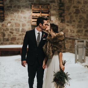 Winter wedding dresses romantic winter wedding in south dakota junglespirit Gallery
