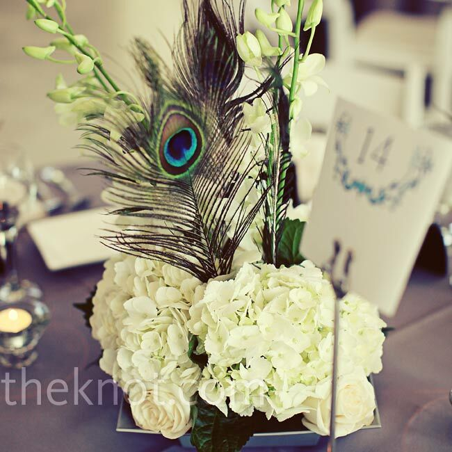 Diy Feather Bouquets Weddings: Floral And Feather Centerpieces
