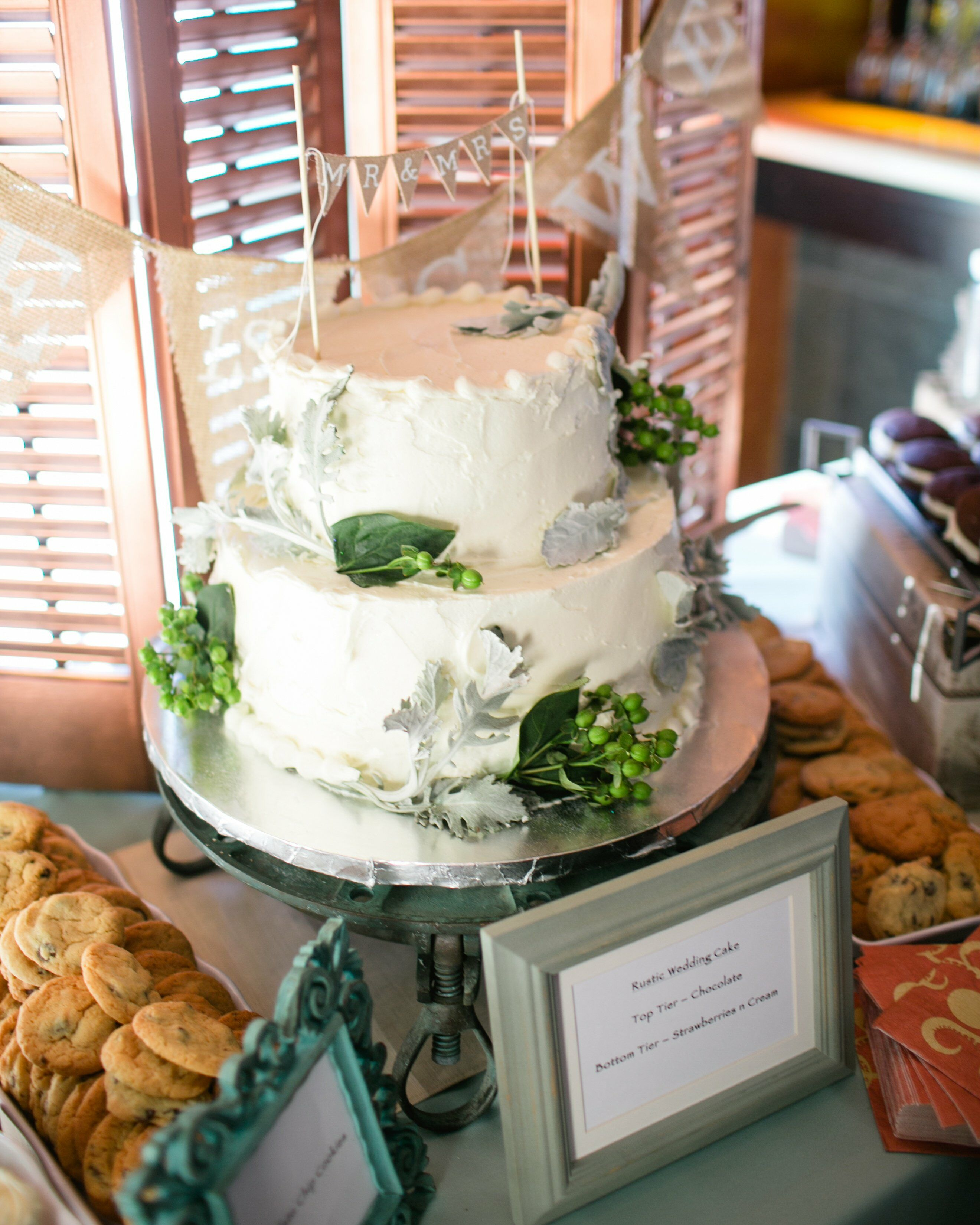 wedding cake with green leaves rustic wedding cake with green leaves 26903