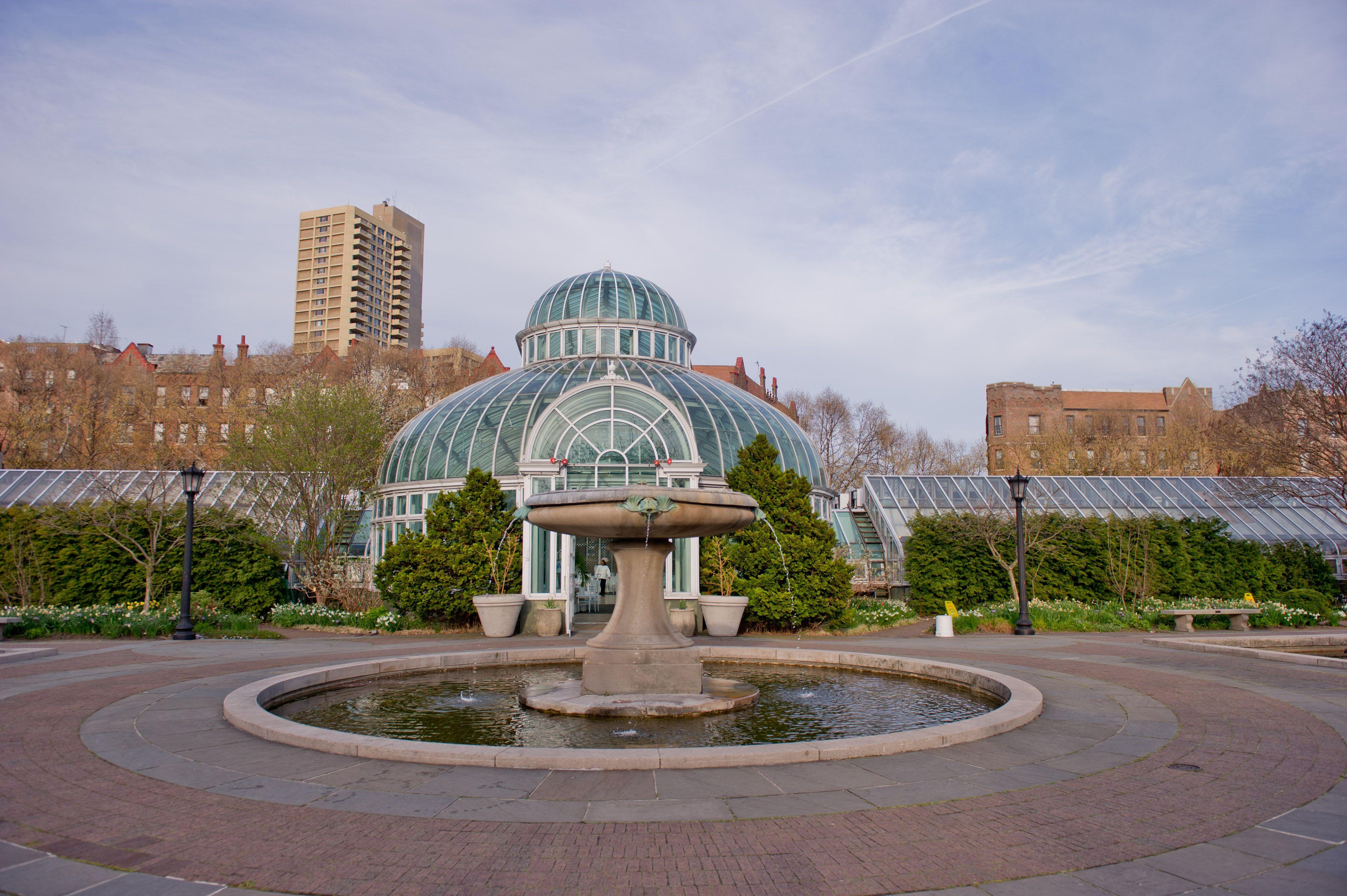 Palm house atrium at brooklyn botanic garden venue for Hotels near brooklyn botanical garden